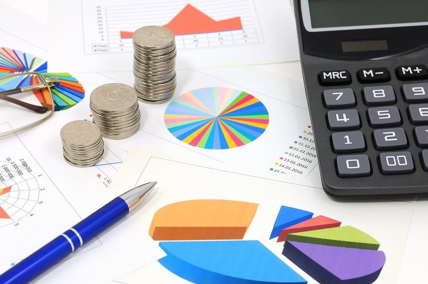 Нематериальный активы и графиках и таблицах.